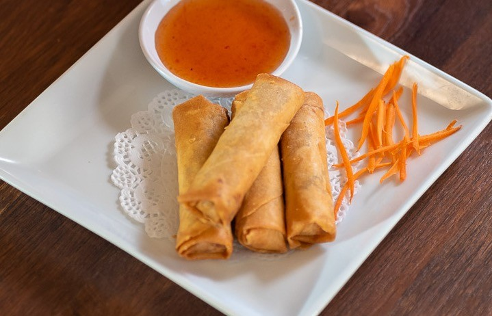 A12 - REAL THAI EGG ROLLS (4) rounded-0